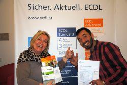 Brigitte Breit und Moudar M. mit ECDL Standard Zertifikat