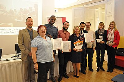 Presentation of certificates to refugees